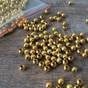 Garnpärlor i guld