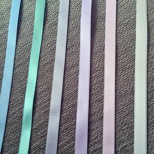 Satinband 10 mm, ljusgrå, 150 cm långt